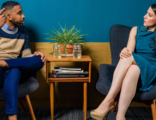 5 tips for chatting with a person who has a communication impairment